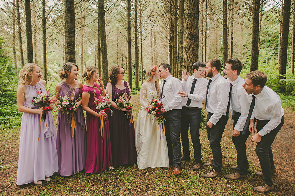 062-hunua-ranges-auckland-forest-boho-wedding-photographer-rainy-day-fun-bridal-party
