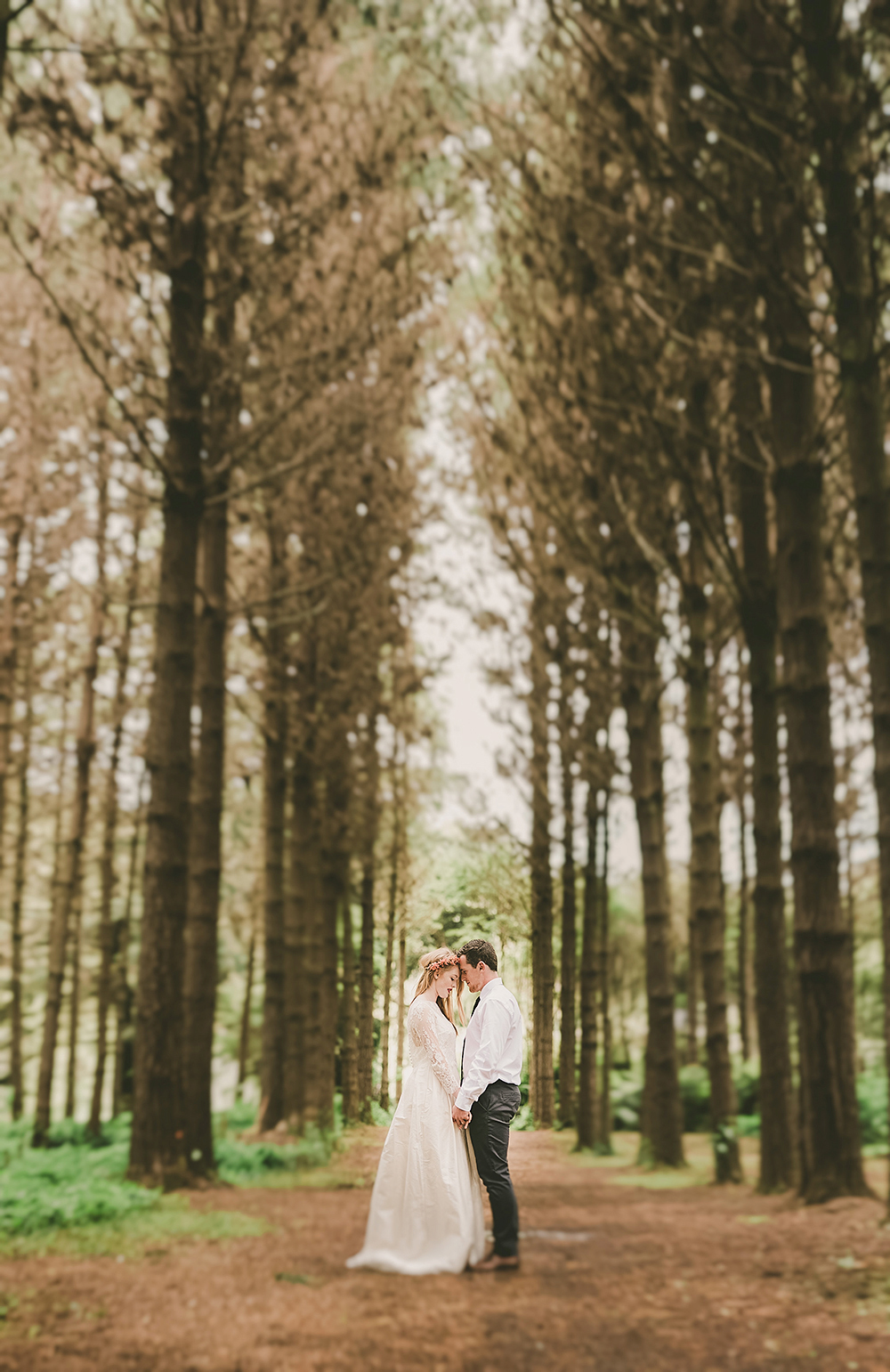 Hunua Ranges Auckland forest boho Wedding photographer rainy day romantic