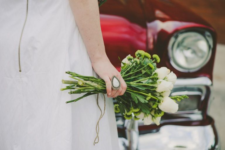 Samantha wills wedding ring flowers red car grounds of alexandria wedding